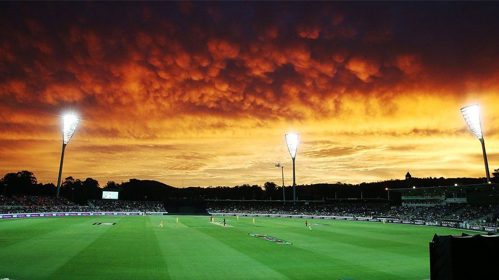 the-sunset-cast-brilliant-shades-of-red-and-orange-over-canberras-manuka-oval