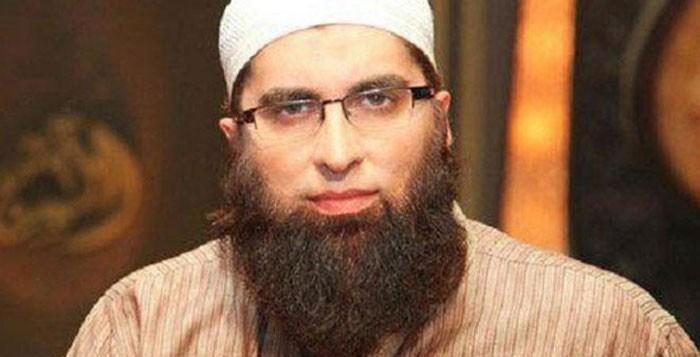 Junaid Jamshed dies in Plane Crash